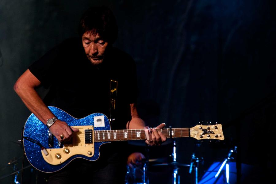 Chris Rea and the Fabulous Hofner Bluenotes