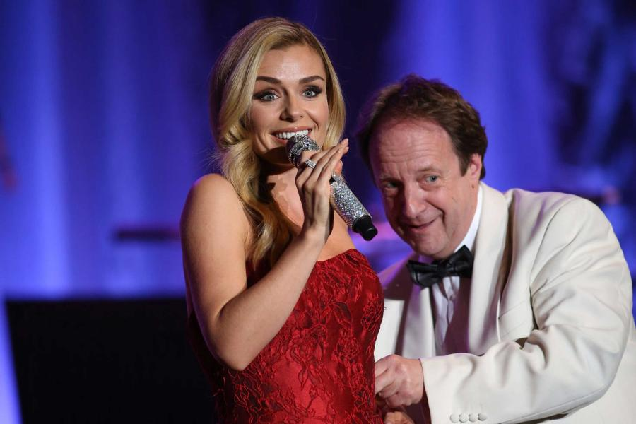 "Anthony Inglis conducts; Katherine Jenkins ""Guiding Light"" Tour"